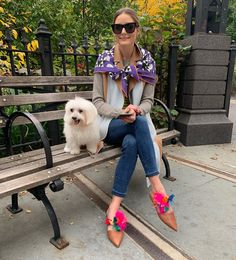 Discover recipes, home ideas, style inspiration and other ideas to try. Estilo Olivia Palermo, Olivia Palermo Makeup, Olivia Palermo Wedding, Olivia Palermo Outfit, Olivia Palermo Lookbook, Olivia Palermo Style, Stilettos, Karl Lagerfeld, Mode Chic