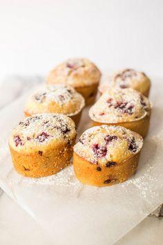 butter and brioche | Raspberry and Vanilla Bean Friands | http://www.butterandbrioche.com