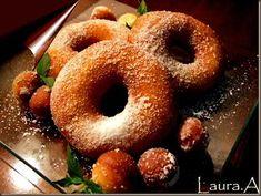 gogosi-italiene-ciambelle 2 Romanian Desserts, Romanian Food, Romanian Recipes, I Want To Eat, Dough Recipe, Doughnuts, Bagel, Deserts, Sweets