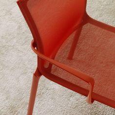 bigframe by Alberto Meda coral red