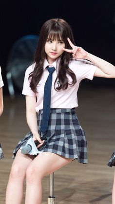 Eunha School Girl Fancy Dress, School Girl Outfit, Girl Outfits, Cute Outfits, Beautiful Japanese Girl, Beautiful Girl Image, Beautiful Asian Girls, Kpop Girl Groups, Kpop Girls