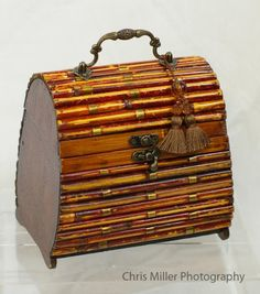 Love wooden purses.