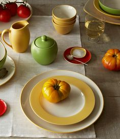 Colorwave Mustard + Turquoise. http://noritakechina.com/collections/colorwave.html/ #noritake #colorwave #home #dining #dinnerware #mixandmatch