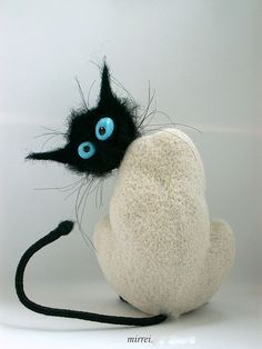 felted cat