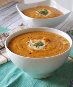Moroccan Carrot Red Moroccan Carrot Red Lentil Soup is a meatless soup recipe packed full of flavor! Cumin turmeric coriander paprika and cinnamon compliment the red lentils and carrots creating a creamy filling soup. Lentil Soup Recipes, Red Lentil Soup, Vegetarian Recipes, Cooking Recipes, Healthy Recipes, Freezer Recipes, Vegetarian Soup, Healthy Soup, Moroccan Lentil Soup