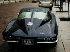 1963 Chevrolet Corvette Stingray.
