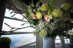 Groot boeket voor decoratie bruiloft, door bloemenweelde-amsterdam.nl