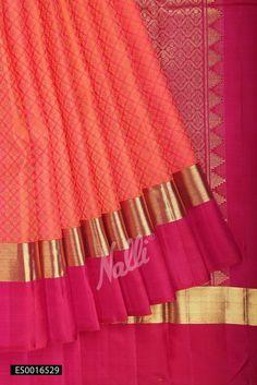 Orange Kanchipuram Silk Saree with Woven design on body and Zari border. Kanjivaram Sarees Silk, Dhakai Jamdani Saree, Soft Silk Sarees, Sari Silk, Nalli Sarees, Cotton Saree, Kanchipuram Saree Wedding, Wedding Silk Saree, Wedding Lehanga