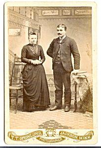 Cabinet Photo:  Formal Couple's Portrait