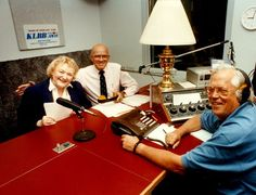 Beloved WCCO radio voice Joyce Lamont dies at 98 | Star Tribune