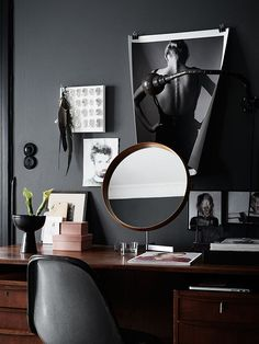 Styling by Saša Antić. Photo By Kristofer Johnsson for Elle Decor UK. Bureau Design, Swedish House, Dark Interiors, House Interiors, Pierre Jeanneret, Black Walls, White Walls, Scandinavian Home, Scandinavian Apartment