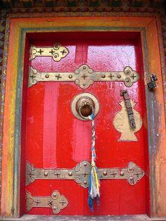 Red door. Tibet