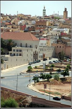 Interesting Meknes - http://www.travelandtransitions.com/destinations/destination-advice/africa/morocco-travel-map-things-todo/