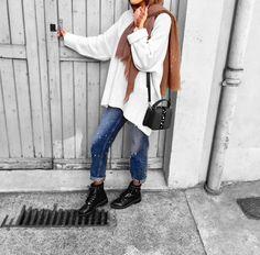 Ootd Hijab, Hijab Chic, Hijab Outfit, Street Hijab Fashion, Muslim Fashion, Modest Fashion, Hijab Elegante, Muslim Beauty, Modest Outfits