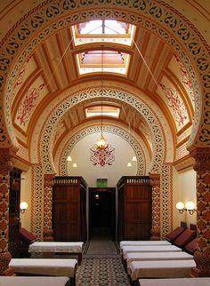 the-travelers-soul:    Turkish Baths in Harrogate (jean-les)