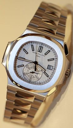 8115f90c083 Patek Philippe Nautilus Chronograph 5980 1A White Dial Watch Hands On hands  on Rolex Ure