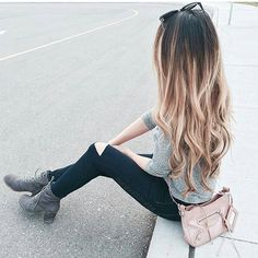 Obsessed with @mangorabbitrabbit's hair and style  She is wearing her @luxyhair extensions: Dirty Blonde and Chestnut Brown mixed and it looks AMAZING