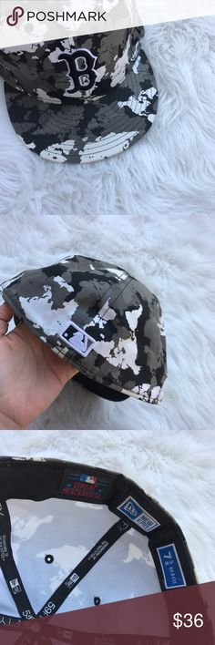 Boston Red Sox fitted camouflage hat In great condition New Era Accessories Hats