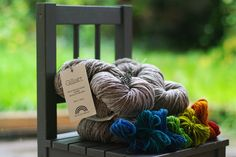 de rerum natura  naturally dyed locally raised wool (in France)