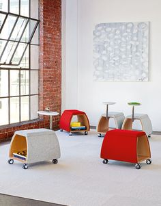 Spot Mobile Benches - Casual Meeting Space