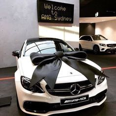 Bild Von Luxury Entdeckt Entdecke Und Speichere Deine Eigenen Bilder Und Videos Auf We Heart It Cars Luxurycars Nicecars Coolcar Lux Cars Luxury Cars Cars