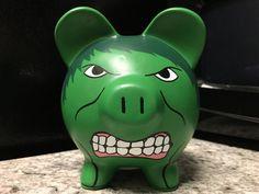 Medio de PiggyBank cerámica pintadas de Hulk por KaleyCrafts