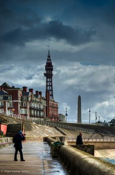 Blackpool, Lancashire, England, down the street from my Grandparents Bed & Breakfast. Great Places, Places To See, Beautiful Places, Paris Torre Eiffel, Blackpool England, Victorian Buildings, Tourist Information, England And Scotland, Travel Images