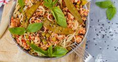 Zöldborsós-csirkés spagetti – biztos, hogy a kedvenced lesz   Femcafe Spagetti, Pizza Recipes, Tacos, Mexican, Ethnic Recipes, Food, Eten, Meals, Pizza Dip Recipes