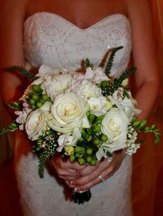 Classic green and white bridal bouquet by Rockwall Wedding Chapel. www.rockwallchapel.com