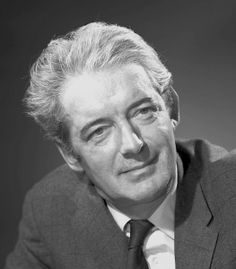 Félix Leclerc, auteur-compositeur-interprète, 1962 / père de la chanson québécoise /  Leclerc attirait l'attention et donnait du prestige à la « chanson à texte » qui allait bientôt connaître des heures de gloire en France, au Québec et ailleurs au Canada français. C'est l'un des principaux héritages de Félix Leclerc.