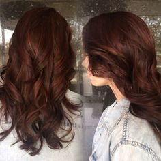 Auburn brunette with subtle red highlights peaking through. #sandyshears