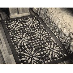 Large Crochet Tapestry Rug Pattern, 38 x 60 inches