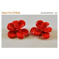 ON SALE Vintage Enamel Flower Earrings Red MOD So Cute (27 BAM) ❤ liked on Polyvore featuring jewelry, earrings, vintage earrings, earring jewelry, flower earrings, vintage jewelry and red jewelry