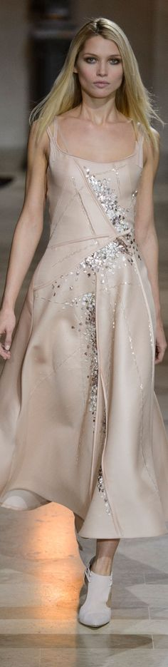 Carolina Herrera fall 2016 RTW