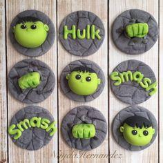 Hulk cupcake toppers Hulk Cupcakes, Cupcakes For Boys, Sweet Cupcakes, Fondant Cupcakes, Cupcake Cakes, Hulk Birthday Parties, Birthday Cupcakes, Fondant Toppers, Cupcake Toppers