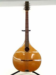 shopgoodwill.com: Fylde Bouzouki - Irish 8-Stringed Instrument