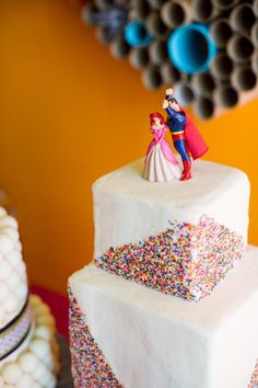 Disney´s The little mermaid Ariel + Superman wedding cake toppers ;)