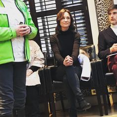 This afternoon I met Pippa Middleton at the #Ski2Paralympics launch in London with @crystalholidays . She's patron of @disabilitysnowsportuk - an amazing charity which helps people with disabilities ski or snowboard, and she smiled nicely while I told her rather dreary stories about skiing. #sorrypippa #ski #skiing