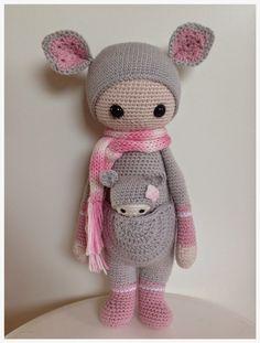 KIRA the kangaroo made by Linda / crochet pattern by lalylala