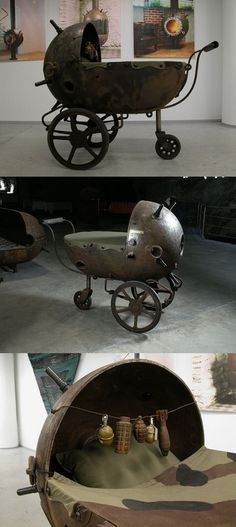 Steampunk baby carriage, this would make awesome home decor for a punk rock girl like me! Chat Steampunk, Style Steampunk, Steampunk Gadgets, Steampunk House, Steampunk Design, Steampunk Costume, Steampunk Fashion, Apocalypse, Cyberpunk