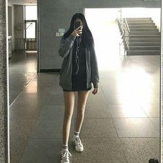 School Uniform Girls, Girls Uniforms, Plus Size Disney Clothes, School Looks, Cute Korean Girl, Girl Photography Poses, Ulzzang Girl, Japanese Girl, Asian Beauty