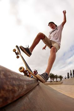 skateboarding lets me be someone else for a while /Asiaskate/