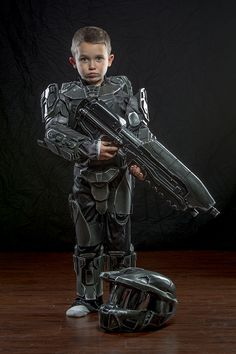 This Kid Makes a Mighty Master Chief [Cosplay]
