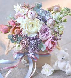 Amazing Flowers, Love Flowers, Dried Flowers, Wedding Flowers, Paper Flower Art, Paper Flowers, Beautiful Flower Arrangements, Floral Arrangements, Gift Bouquet
