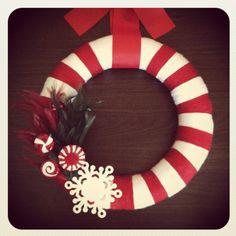 My first yarn wreath