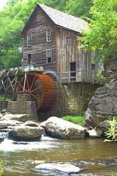 Een oude koren molen in VA Stockfoto