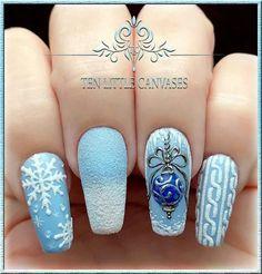 Snow nails christmas winter manicure blue christmas nail designs, winter na Snow Nails, Xmas Nails, Holiday Nails, Holiday Nail Designs, Winter Nail Designs, Cool Nail Designs, Winter Nail Art, Winter Nails, Nail Art Noel