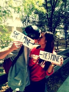 Adorable...going to take a pic like this with my hunnie