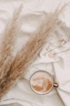 Photo by Alyssa Strohmann on Unsplash Cream Aesthetic, Aesthetic Coffee, Boho Aesthetic, Classy Aesthetic, Aesthetic Colors, Aesthetic Collage, Aesthetic Vintage, Aesthetic Photo, Aesthetic Pictures