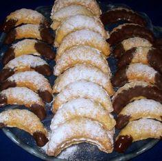 Egy finom Vaníliás kifli (formában sütve) ebédre vagy vacsorára? Vaníliás kifli (formában sütve) Receptek a Mindmegette.hu Recept gyűjteményében!